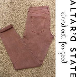 🌷 Altar'd State Cropped Distressed Mauve Jeans 🌷